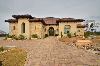 Listing of custom homes projects built in central texas for Custom home builders in killeen tx